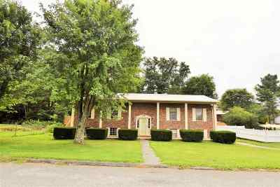 Morristown Single Family Home Active-Contingent: 4318 Brockland