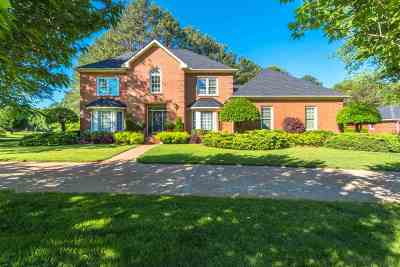 Ooltewah Single Family Home For Sale: 7414 Royal Harbour Circle