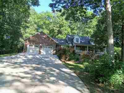Foxfire Single Family Home For Sale: 2019 Foxfire Road
