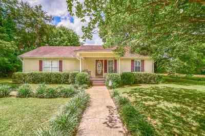 Birchwood Single Family Home Contingent: 5526 Bunker Hill Road