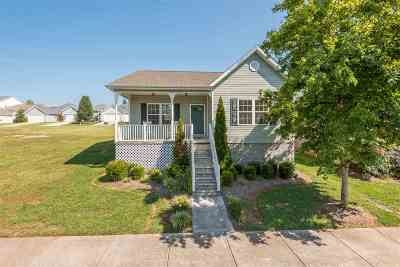 Sweetwater Single Family Home For Sale: 111 Willow Creek Blvd