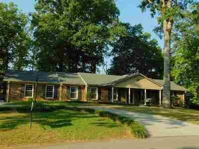 Edgewood Hills Single Family Home For Sale: 325 Dogwood Place NW