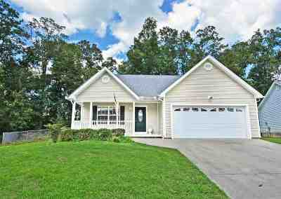Cleveland Single Family Home For Sale: 1466 Woodland Cove Drive