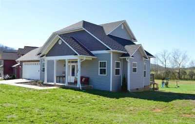 Horse Creek Farms Single Family Home For Sale: 443 Thoroughbred Drive