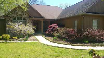 Charleston Single Family Home For Sale: 275 River Pointe Circle NE