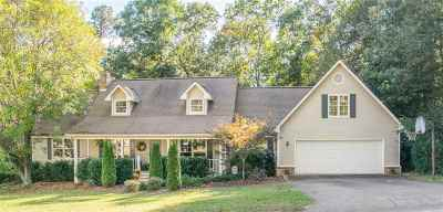 Hickory Hills Single Family Home For Sale: 358 Hickory Hills Drive