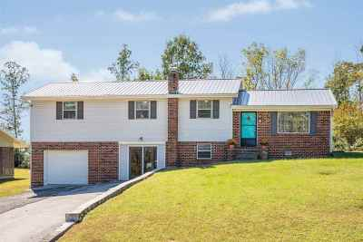 Single Family Home Sold: 2703 Mountain View Drive SE