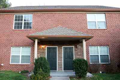 Stonebriar Condo/Townhouse For Sale: 1654 Crosswinds Trail NE