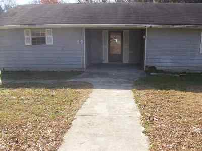 Cleveland Single Family Home For Sale: 2004 Young Rd. SE
