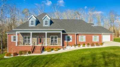 Soddy Daisy Single Family Home For Sale: 1471 Emerald Pointe Drive
