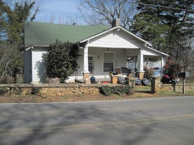 Benton Single Family Home For Sale: 1803 Benton Station Road