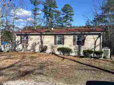 Pikeville Single Family Home For Sale: 143 Lake Shore Drive