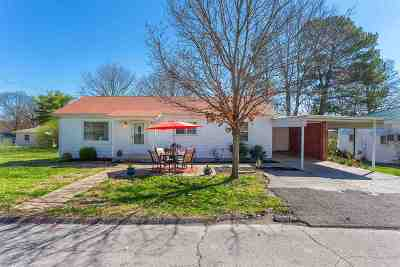 Single Family Home Sold: 2506 Oakdale Avenue NW