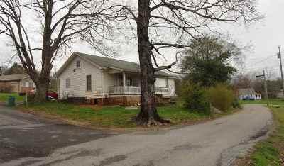 Calhoun Single Family Home For Sale: 108 Crockett Avenue