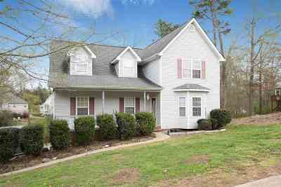 Soddy Daisy Single Family Home For Sale: 8536 Banner Elk
