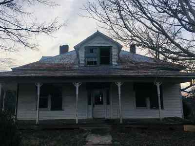 Englewood Single Family Home For Sale: 1982 Highway 39 E
