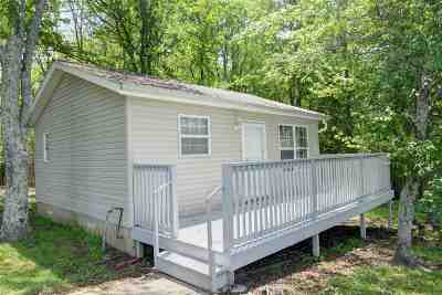 Single Family Home For Sale: 2465 Walkertown Road
