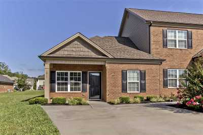 Stonebriar Condo/Townhouse Contingent: 1811 Bell Tower Lane