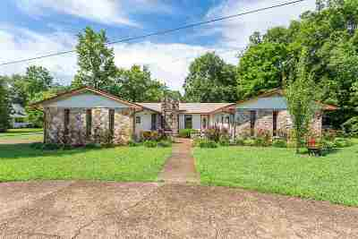 Bowman Hills Single Family Home Contingent: 533 Blueberry Hills Road NE