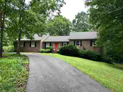 Cleveland Single Family Home For Sale: 3323 Chestnut Circle