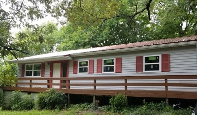 Charleston Single Family Home For Sale: 205 Cass Lane NW