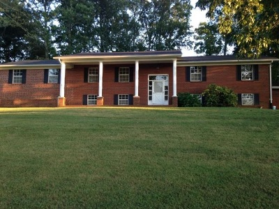 Sweetwater Single Family Home For Sale: 145 Linwood Drive