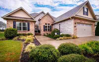 Eagle Creek Single Family Home For Sale: 121 Creek Side Ln