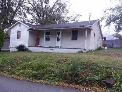 Single Family Home For Sale: 114 N Niota Road