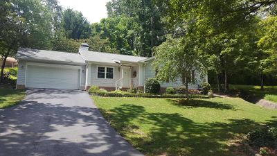 Single Family Home Contingent: 6509 Grubb Rd