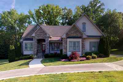 Cleveland Single Family Home For Sale: 413 Springhill Drive NE