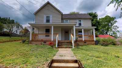 Cleveland Multi Family Home For Sale: 723 Highland Avenue NW