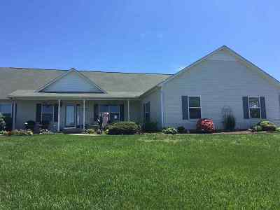 Madisonville Single Family Home Contingency 48hr (+/-): 108 Katie Street
