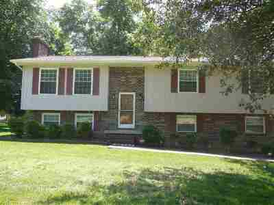 Cleveland Single Family Home For Sale: 172 Mapleton Drive NW