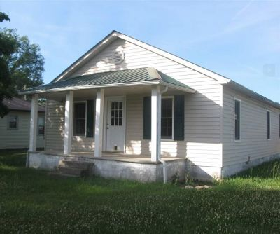 Single Family Home For Sale: 335 Pocahontas