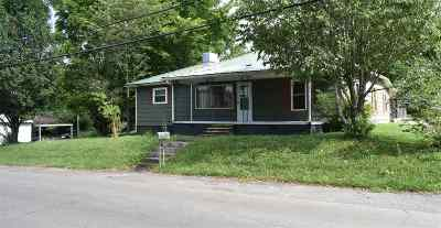 Cleveland Single Family Home For Sale: 752 12th Street SE
