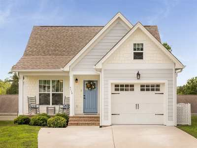 Cleveland Single Family Home For Sale: 3178 Cottage Grove Circle NW