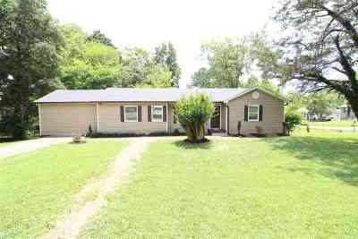 Cleveland Single Family Home For Sale: 1107 Club Drive SW