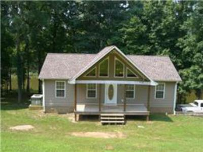 Single Family Home Sold: 40 Beech Creek Loop