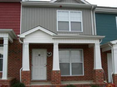 Condo/Townhouse Sold: 403 Carol Ct