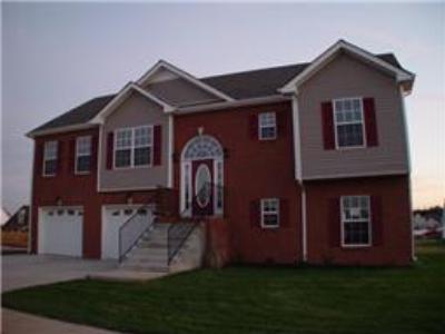 1188 Meadow Knoll Lane, Clarksville TN Home for Sale