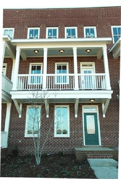 Franklin Condo/Townhouse Under Contract - Not Showing: 413 Henry Russell St.
