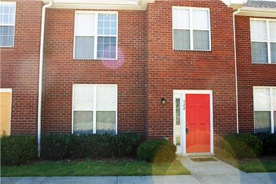 Christian County, Ky, Todd County, Ky, Montgomery County Condo/Townhouse Under Contract - Not Showing: 522 S 1st St