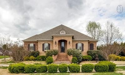 Clarksville TN Single Family Home Sold: $525,000
