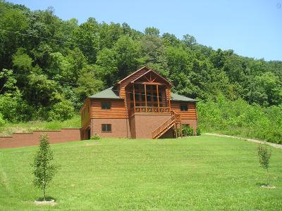 Single Family Home Sold: 375 Buckeye Hollow Rd
