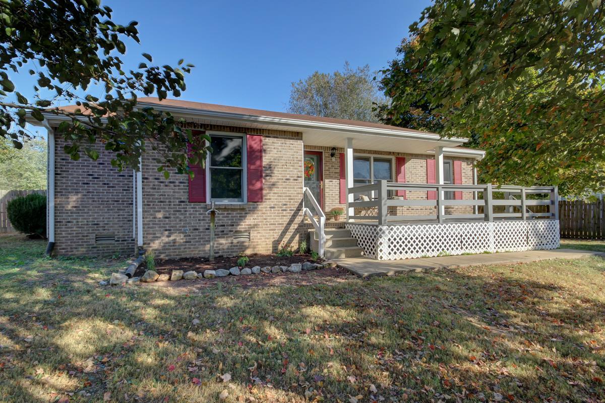 967 Hot Shot Dr , Clarksville, TN | MLS# 1775023 | Rochelle