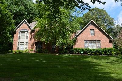 Single Family Home Sold: 837 River Run