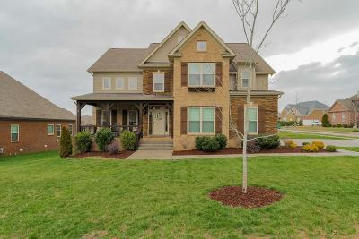 Spring Hill TN Single Family Home Sold: $394,900