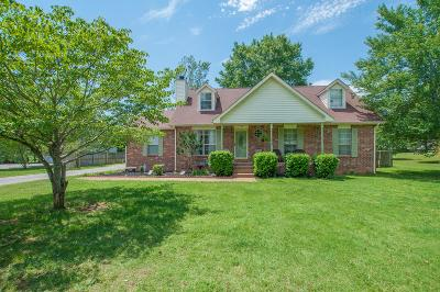 Mount Juliet Single Family Home For Sale: 629 Shelley Dr