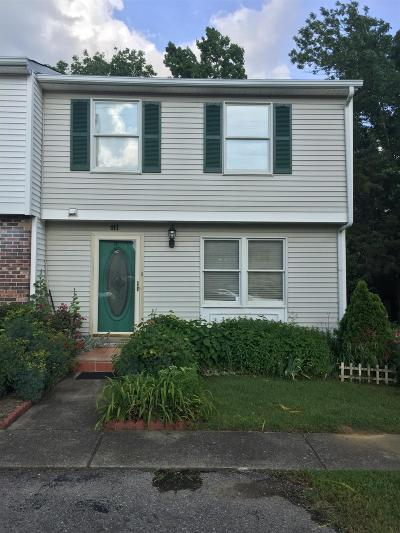 Nashville Condo/Townhouse Under Contract - Not Showing: 211 Seneca Forest Ct