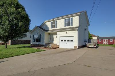 Clarksville TN Single Family Home For Sale: $149,000
